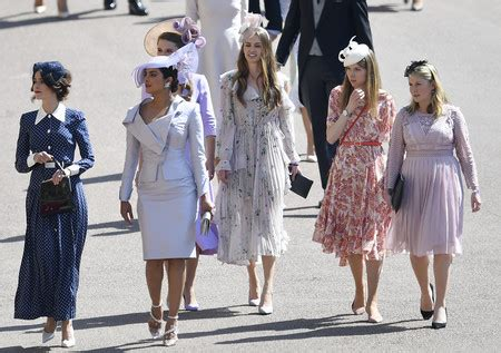 did janina gavankar attend royal wedding los looks de las actrices de suits ganan a los de las