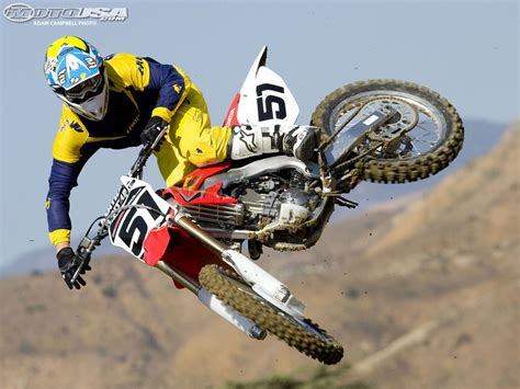 Dirt In The Details by 2009 Honda Crf250r Ride Photos Motorcycle Usa