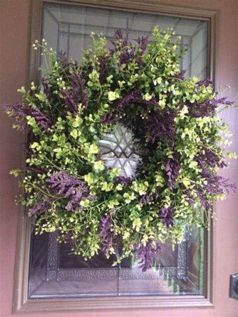 beautiful door decor ideas  hang   door