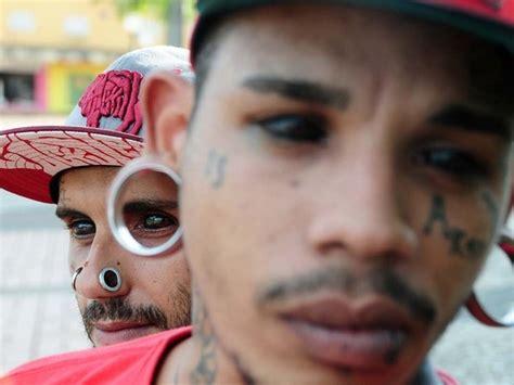 eyeball tattoo facebook talk spectaculaire eyeball tattoo shocking beauty