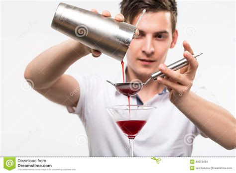 bartender photography bartender preparing coctail royalty free stock photography