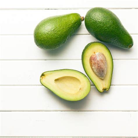 come si cucina l avocado come si mangia l avocado la guida completa di