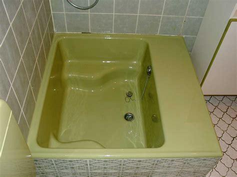 fliesen beschichten moosgr 252 ne sitzdusche frisch renoviert modern bad
