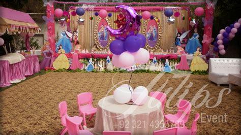 disney themed events plan themed disney princess snow white cinderella party