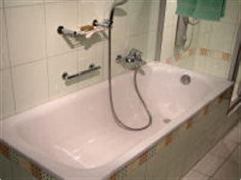 Badewanne Spanisch by Umzug Ch Badezimmer Reinigung Bad Reinigen