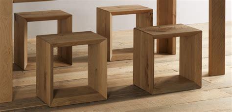 sedute in legno cubo in legno dal design moderno seduta in legno forma 45