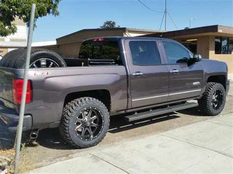chevrolet tires 2014 chevy silverado 20x10 fuel maverick rims nitto tires