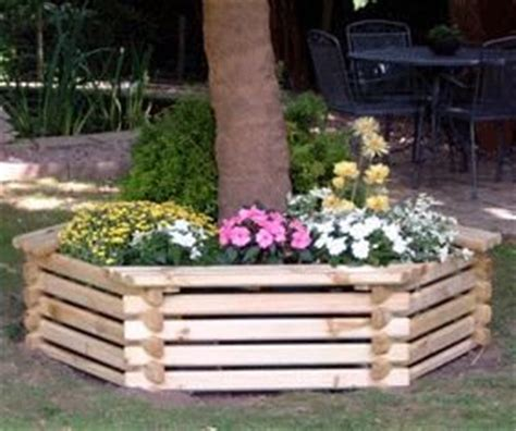 Planters For Around Trees by Planter Box Around Tree Not As High With Mulch We Aren