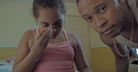 little girl s online make up tutorial starts off innocent