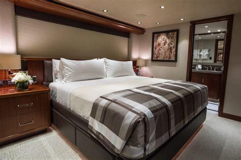 luxury yacht charter westport motor yacht w cabin