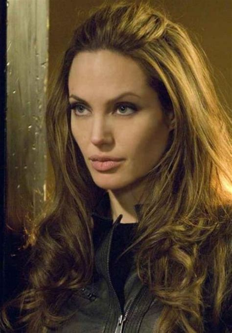 half up half down hairstyles without bangs 33 angelina jolie hairstyles angelina jolie hair pictures