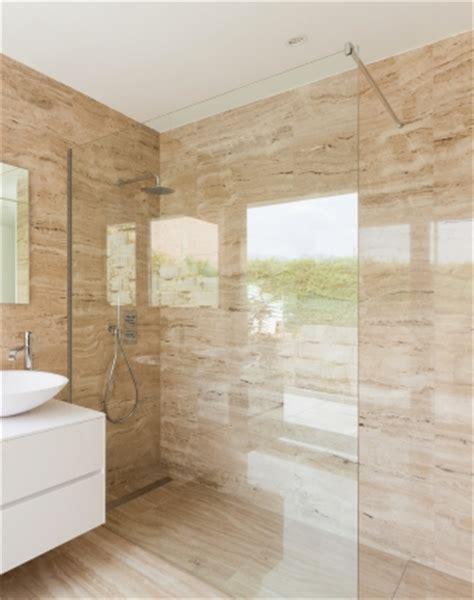 Alleinstehende Badewanne by Glaswand Dusche Mit Klemm Wandprofil Combia Papo