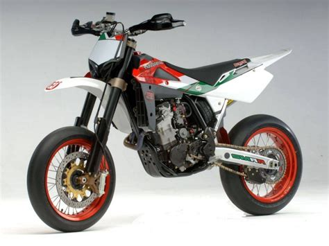 Kawasaki Motard by Kawasaki Motard Moto Zombdrive