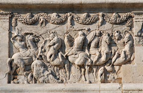 antichi vasi funebri da tiberio gracco ad azio un secolo di rivoluzione romana