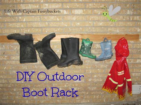 Outdoor Boot Rack by Diy Outdoor Boot Rack