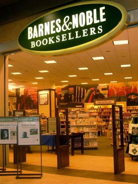 Barnes Nobles Hours Barnes And Noble Places I Love To Shop Pinterest