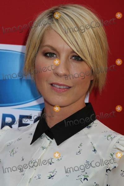 jenna elfman on damages season 3 photos and pictures damages season five premiere event