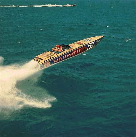 best offshore motor boats 40 best offshore powerboats images on pinterest boats