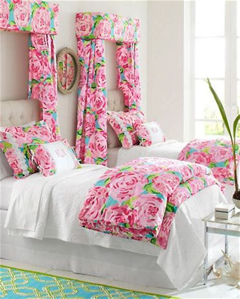 lilly pulitzer twin bedding lilly pulitzer 174 sister florals comforter cover collection