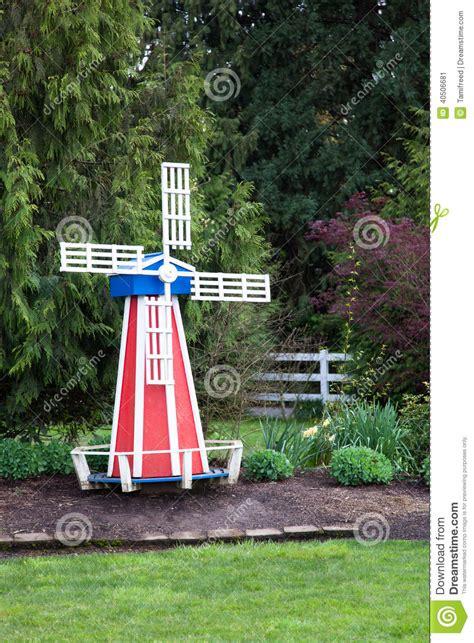 Moulin A Vent De Jardin