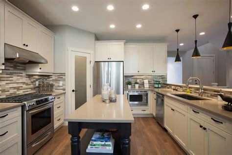 fall home design expo winnipeg 白色欧式厨房整体厨柜装修效果图 土巴兔装修效果图