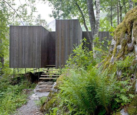 Minimalist Juvet Landscape Hotel in Norway HomeDSGN