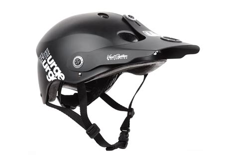 Helm Urge Activist Matte Black urge helmet all in black alltricks
