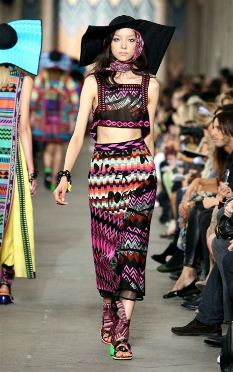themes for fashion design collection world famous fashion designer collections and current home