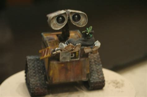 film robot bianco a quickie wall e some spoilers like a whisper