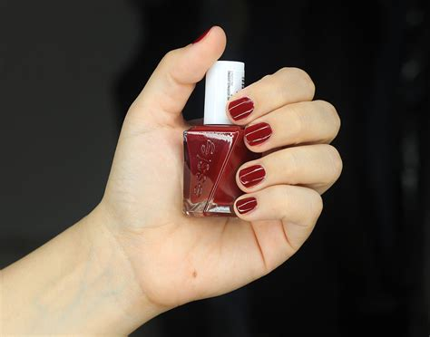 Nail With Nail Only by Essie Gel Couture Nail Color In Bubbles Only Fall At Your