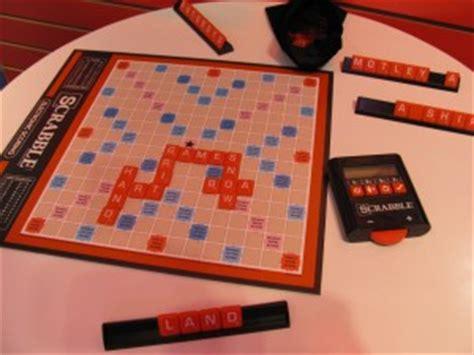 electronic scrabble board scrabble electronic scoring purple pawn