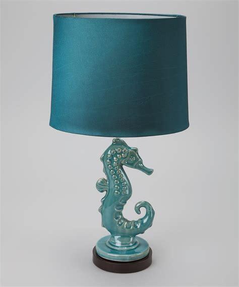 blue sea horse l