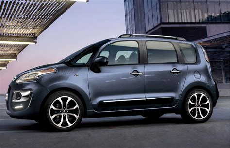 Citroen C3 Picasso by Citroen C3 Picasso By Car Magazine