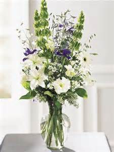 flower arrangements in tall glass vases best ideas about
