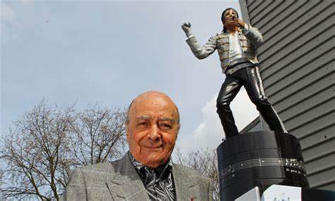 Gamis New Al Fayet Aiisha fulham erects statue of michael jackson and tells