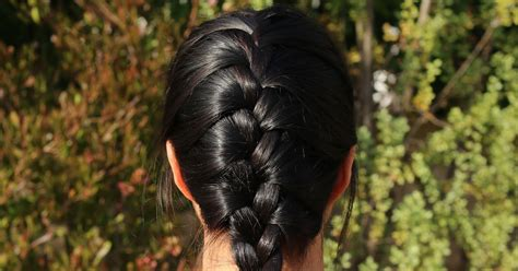how to i french plait my own side hair easy way to how to french braid your own hair tutorial