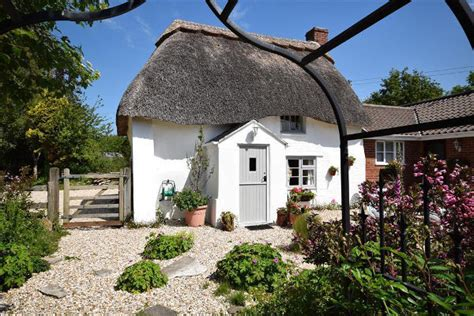 dorset coastal cottages in dorchester dorset