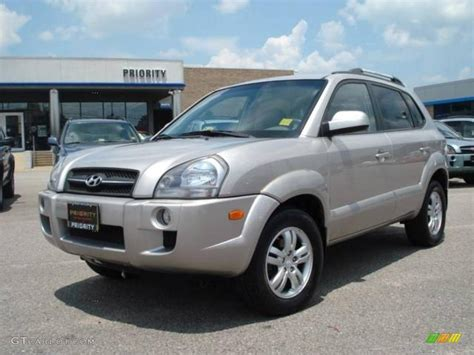 Hyundai Tucson 2006 2006 silver hyundai tucson limited 11161694