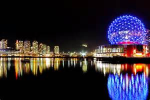 Restaurants With Patios Science World Christmas