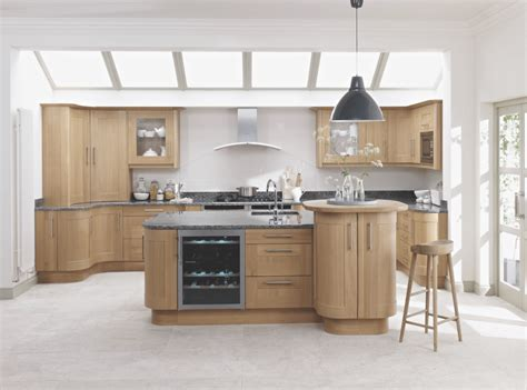 Handmade Shaker Kitchens - handmade oak kitchens showroom in hshire deane