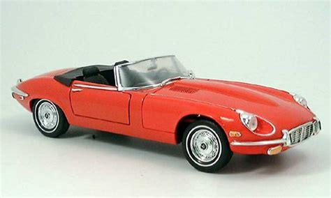 Yatming Jaguar jaguar type e 1971 miniature yat ming 1 18 voiture miniature