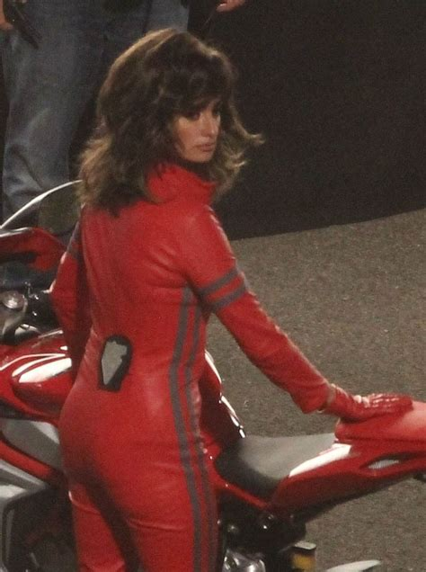 Jumpsuit Set Salma Y Kulot penelope on the set of zoolander 2 in rome april 25