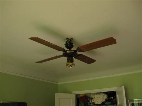 ceiling fan works but not light bathroom light bathroom exhaust fan works but light does