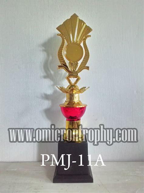 jual piala marmer murah banjarmasin omicron trophy