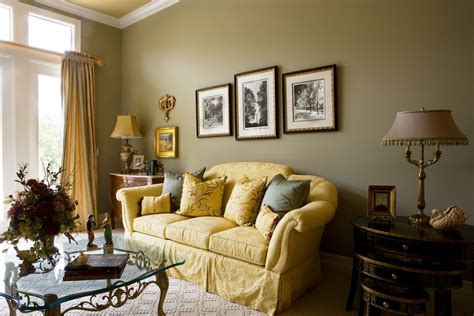 feng shui gold decorate  house  gold yellow