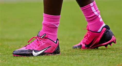 Shoe Of The Week Shoewawa 13 by Brandon Marshall Will Forsake Nfl Wear Green Shoes