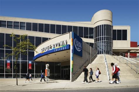Ross School Of Business Mba Placement In Canada by Ten Best Ranking Colleges In Canada Offering Placement And