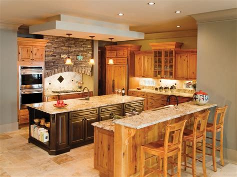 birch kitchen island 17 best ideas about birch cabinets on pinterest maple