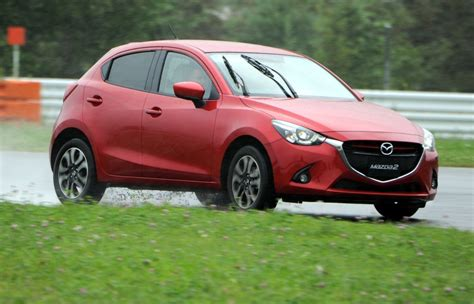 mazda official mazda cx 3 suv goes official with la auto show teaser