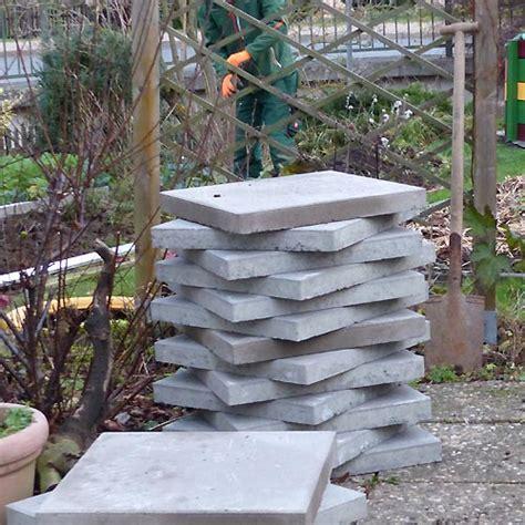 terrassenumrandung holz beeteinfassung beton beeteinfassung beton beeteinfassung
